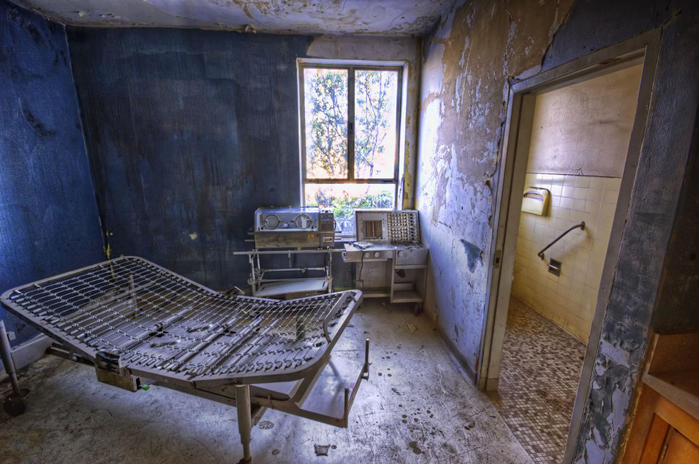 Ray-of-light-in-the-former-maternity-ward-abandoned-Linda-Vista-Community-Hospital